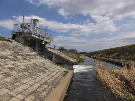 大根川ポンプ場の放流ゲート