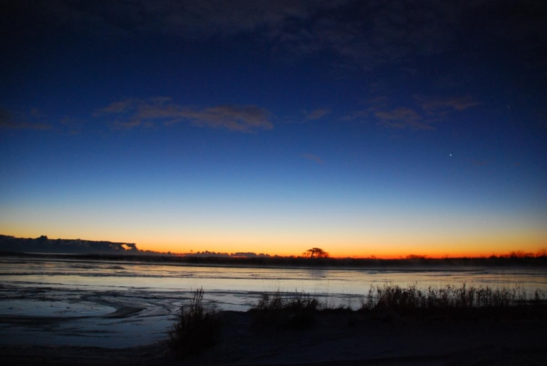 本別海 一本松からの日の出