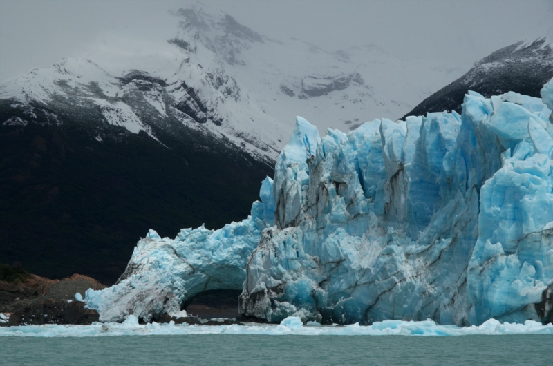 a 氷河のアーチ崩落1