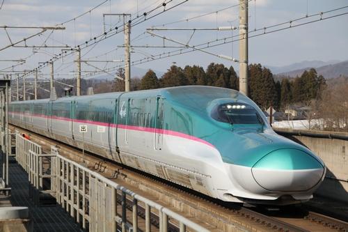 011_E5系新花巻駅