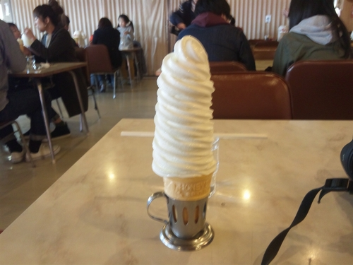 012_マルカンデパートソフトクリーム