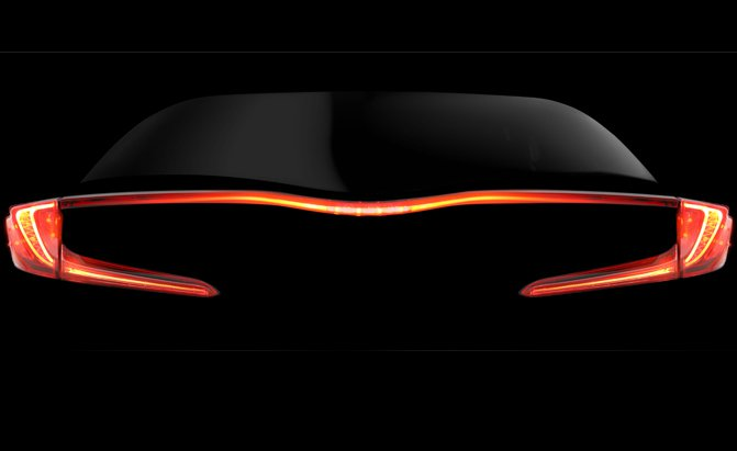 Toyota-Prius-plug-in-teaser-.jpg