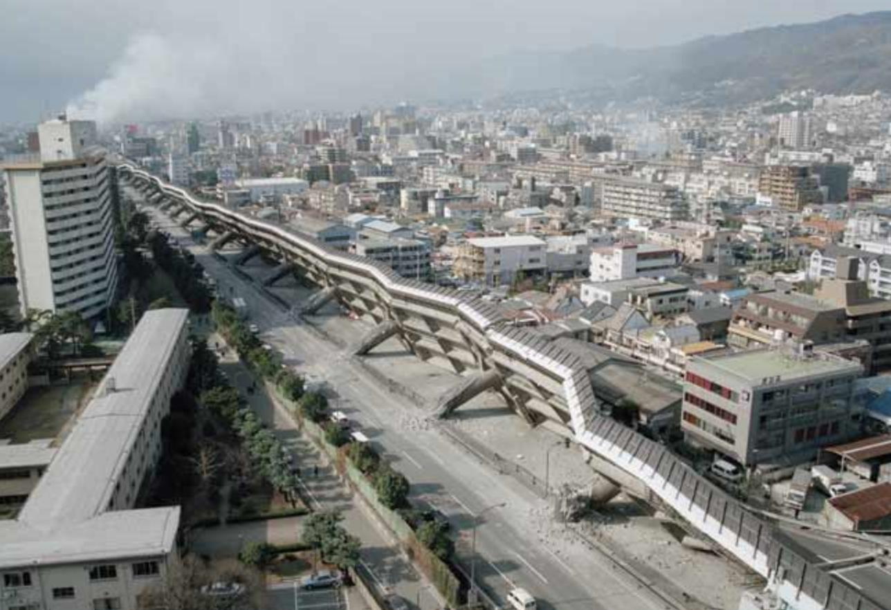 阪神大震災高速道路