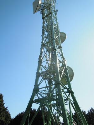 浅間山山頂の電波塔