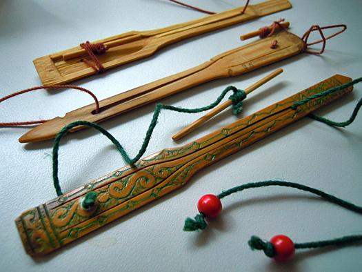 竹製の口琴ムックリ。