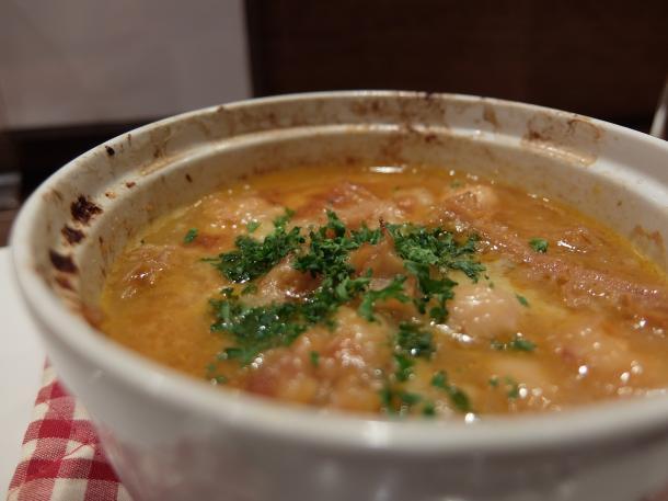 トリッパとひよこ豆のトマト煮