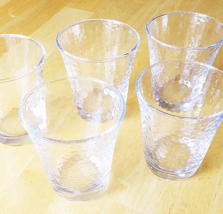 100均ガラスコップ