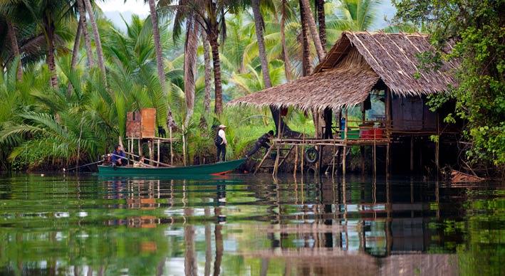 カンボジアボート