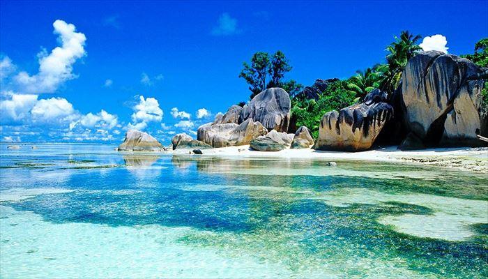 「インド洋の真珠」セイシェル共和国