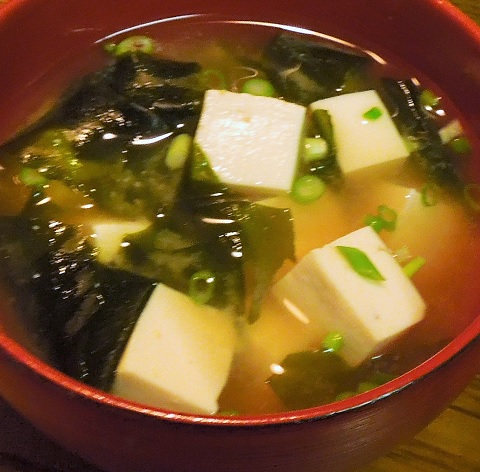20151219豆腐とわかめのお味噌汁