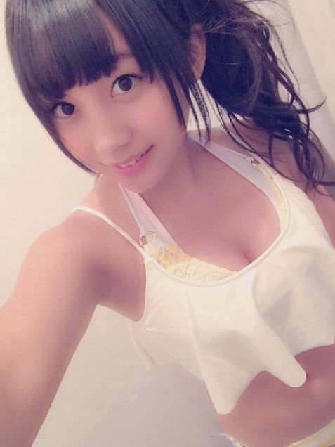 NMB48薮下柊のおっぱい