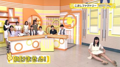 こぶしファクトリーの浜浦彩乃(15)が生放送でパンツを晒す