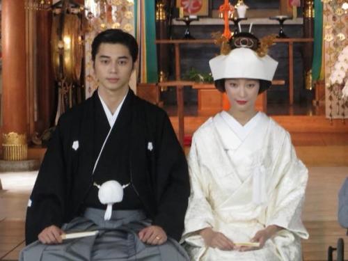 杏&東出昌大の挙式写真!まるでドラマのワンシーンと反響
