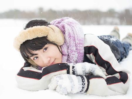 生駒里奈ファースト写真集『君の足跡』発売&写真展開催決定!
