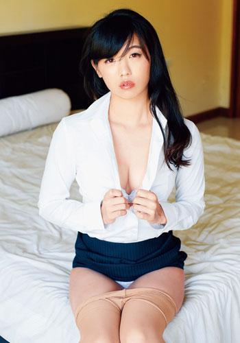 あの美人芸人 高田千尋がDVDで「隠れ巨乳」披露 「5000枚以上売れなかったら青森へ帰る」