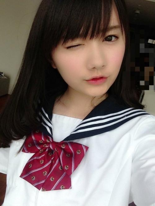 女子高生社長・椎木里佳「明日はついに卒業式なので、椎木里佳の制服姿まとめます。」