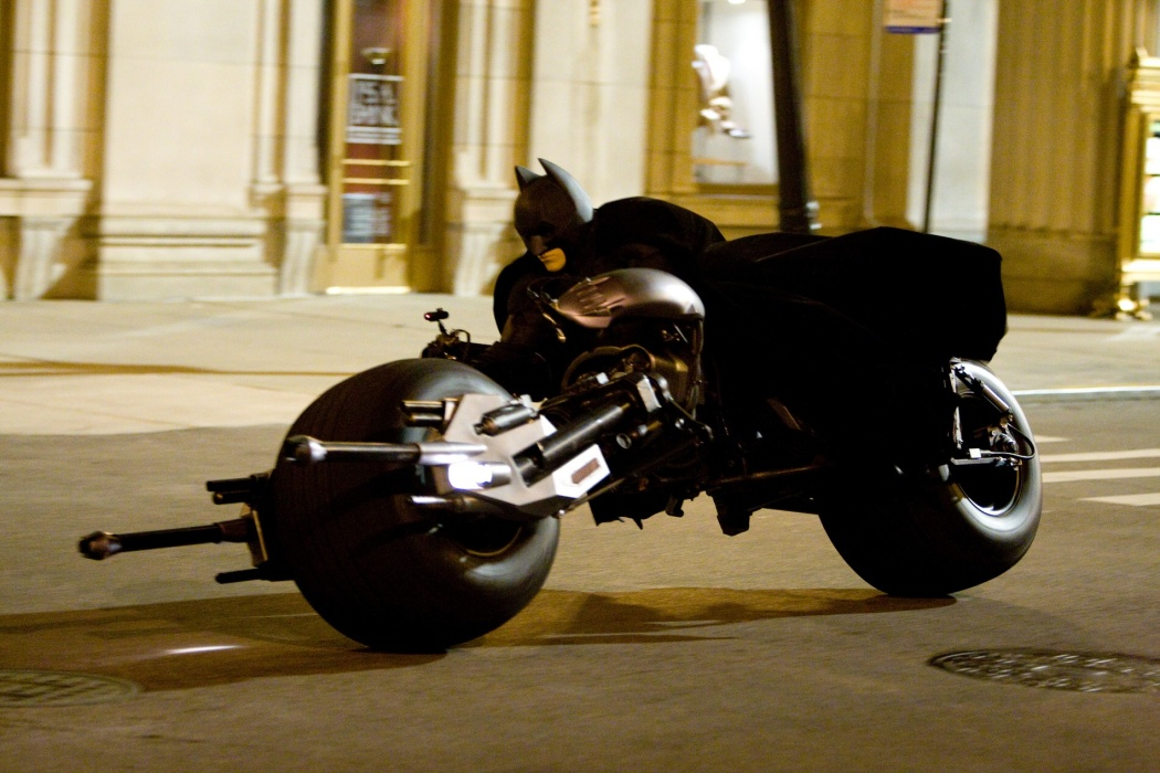batman-dark-knight-motorcycle.jpg
