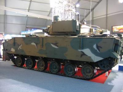水陸両用歩兵戦闘車K-21