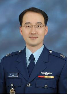 韓国空軍少佐 山崎賞 防大