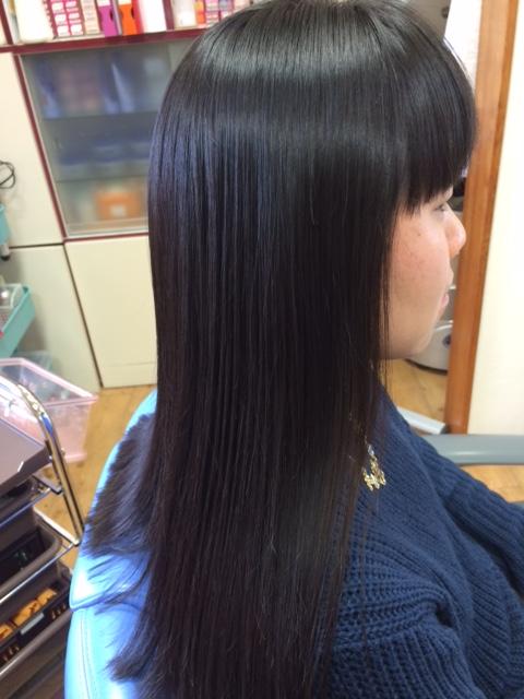 縮毛矯正に自信があるヘアサロンのロングヘア縮毛矯正