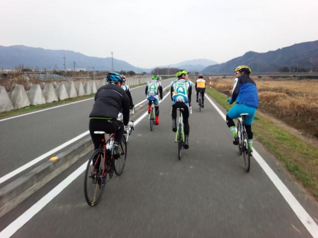 20160111_①サイクリングロード