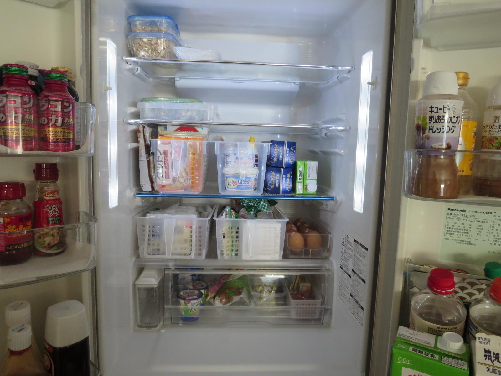 収納冷蔵庫中身2