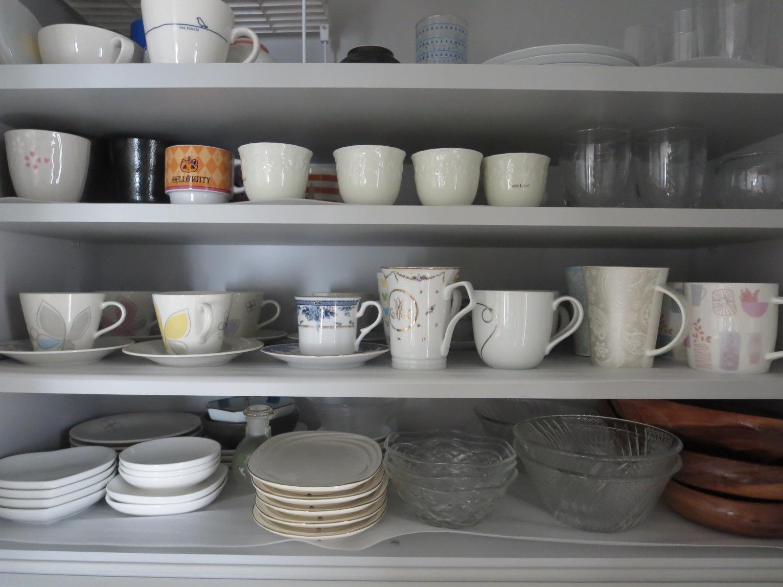 食器棚収納2