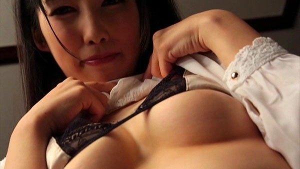 徳永しおりのAV「社内恋愛」キャプチャ画像
