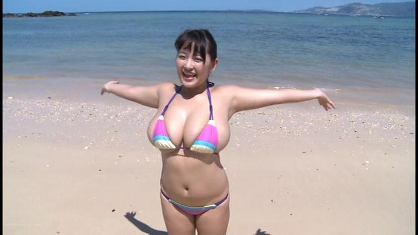 柳瀬早紀のイメージビデオのキャプチャ画像
