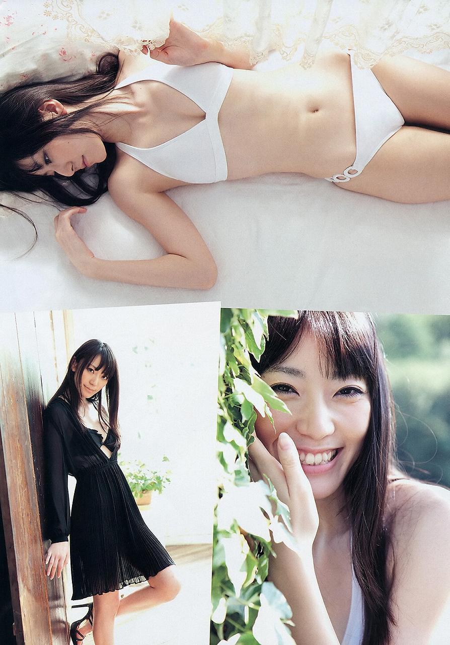 松井咲子の水着グラビア