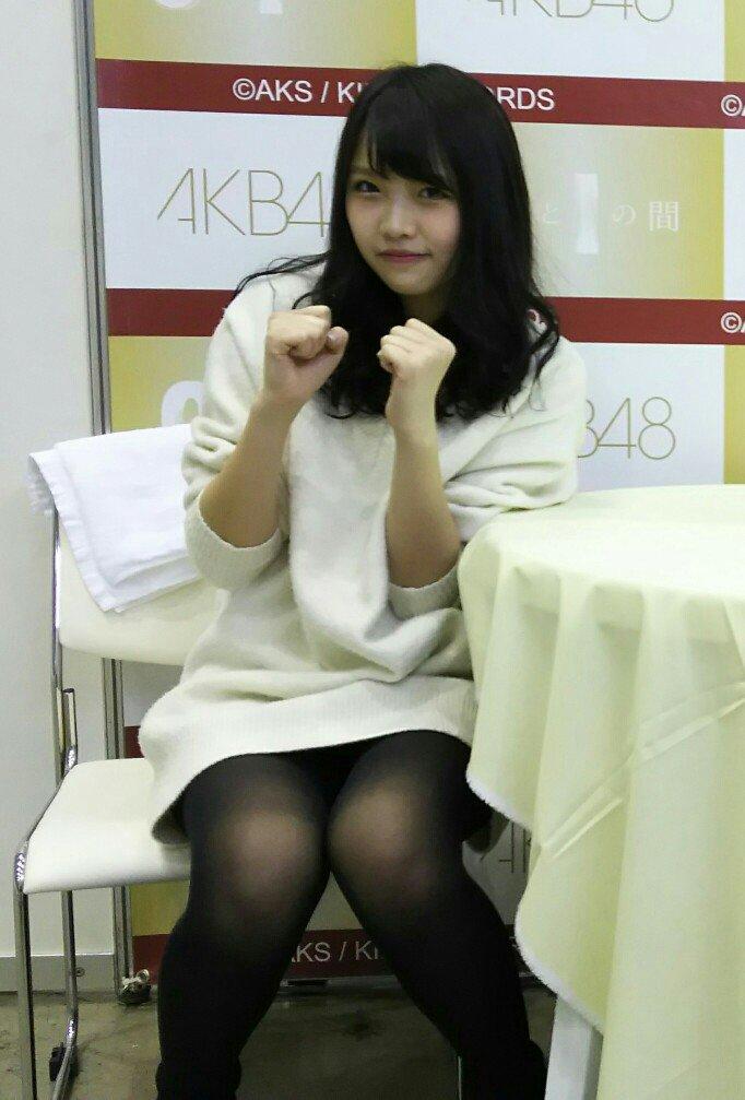 写メ会でパンチラしてるNMB48メンバー