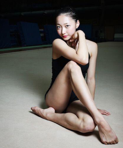 新体操選手・畠山愛理のレオタードグラビア