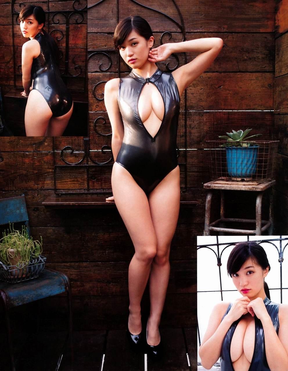 「エキサイティングマックス! 2015年 12月号」高崎聖子の変態水着グラビア