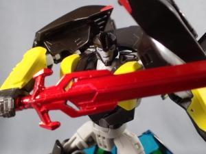 【サイバトロンサテライト限定】TAV-EX 黒騎士(ブラックナイト)バンブルビー050