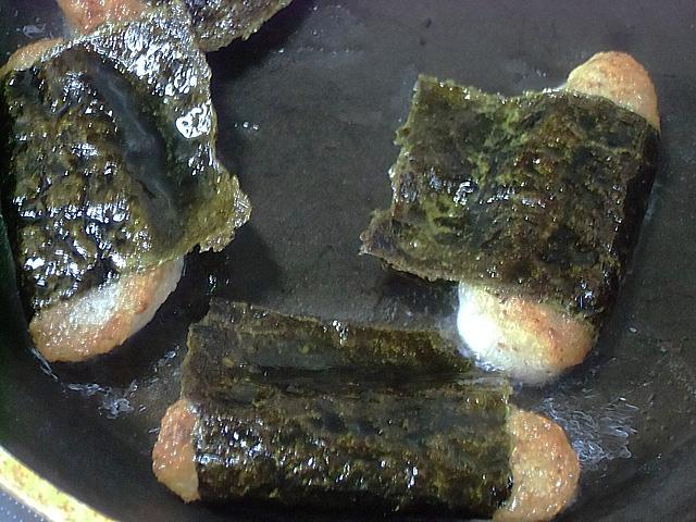 油で両面焼きます