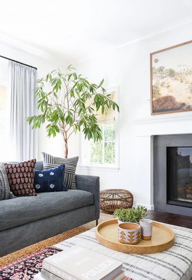 modern-bohemian-eclectic-living-room-01.jpg