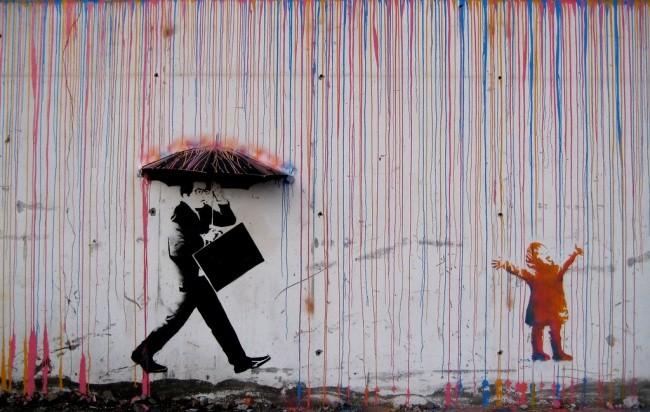 鮮やかさと白黒のストリートアート