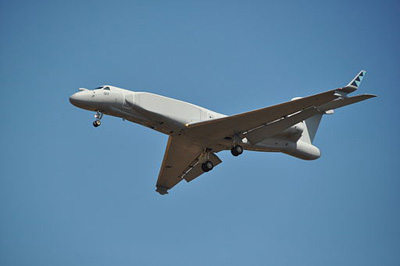 RSAF_Gulfstream_IAI_G550_CAEW_(Conformal_Airborne_Early_Warning).jpg