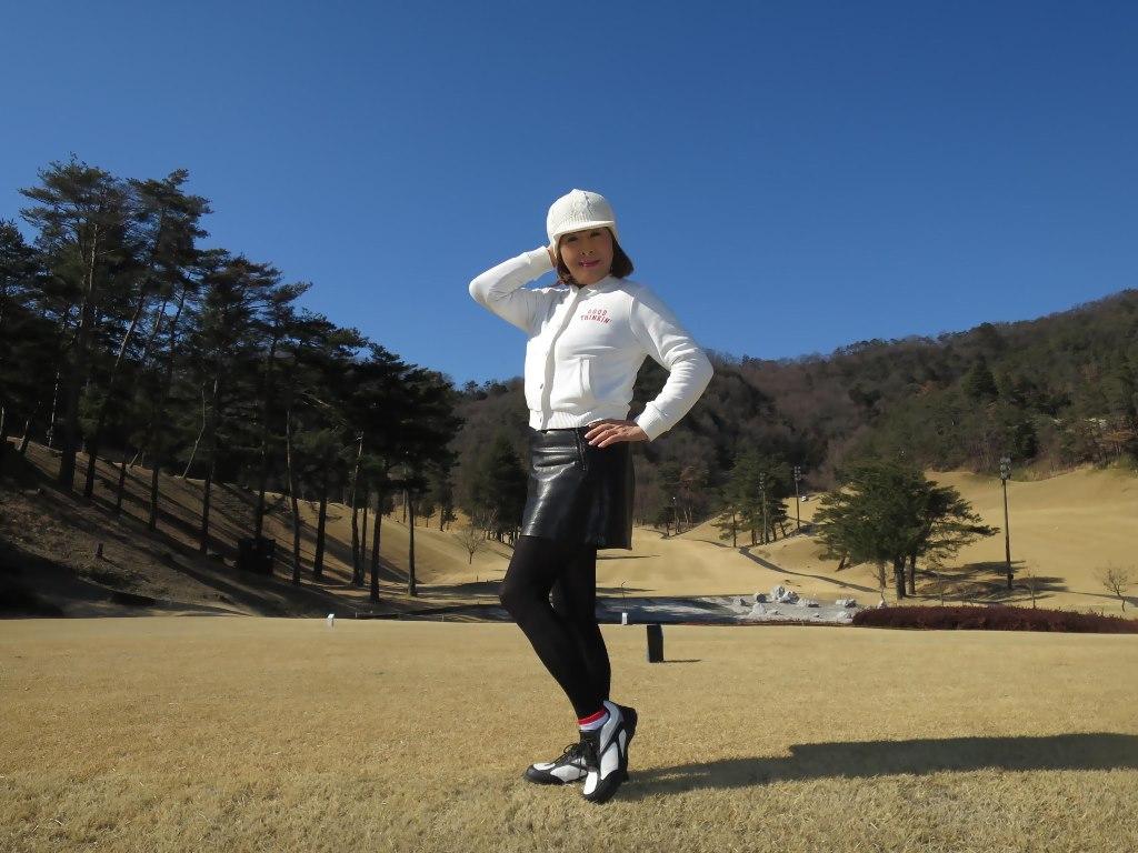 冬ゴルフ白ブルゾンC(2)