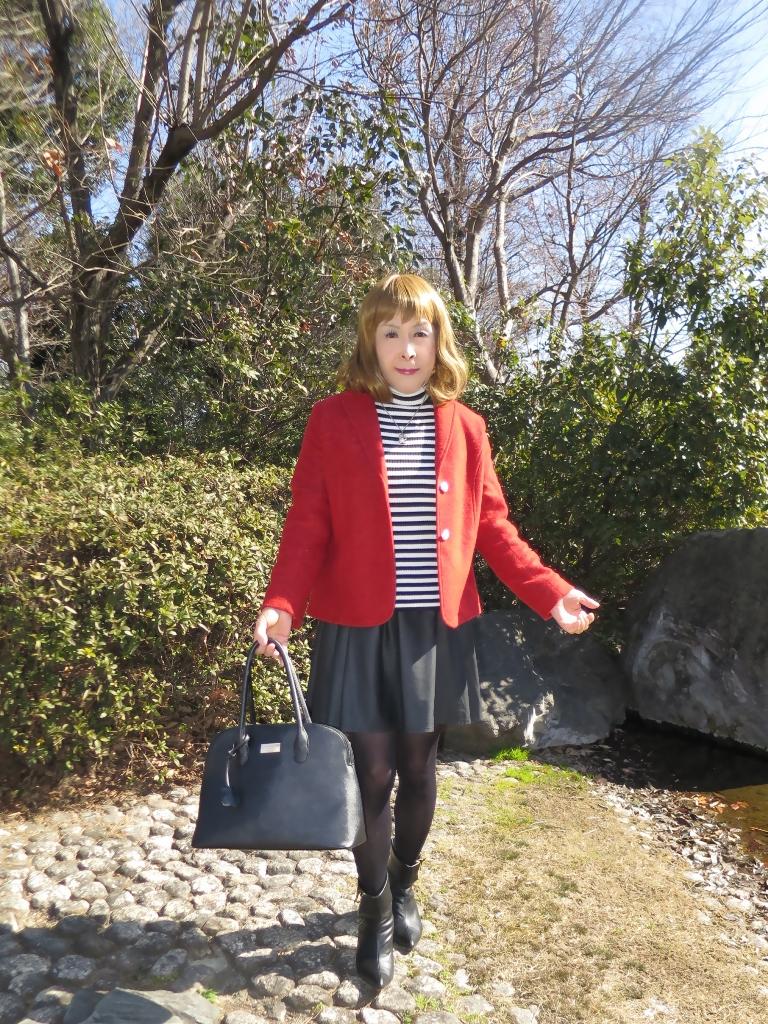 赤ブレザー黒スカートA(1)