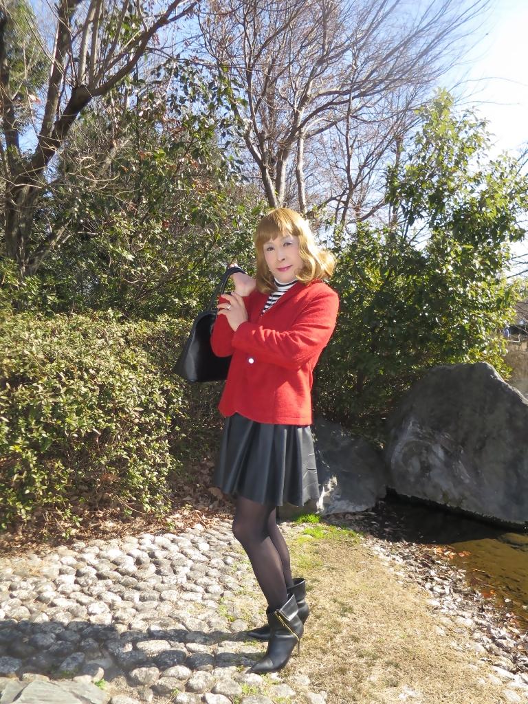 赤ブレザー黒スカートA(2)