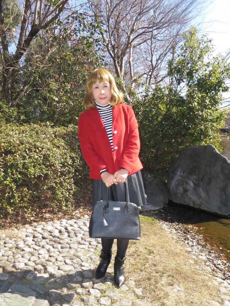 赤ブレザー黒スカートA(3)