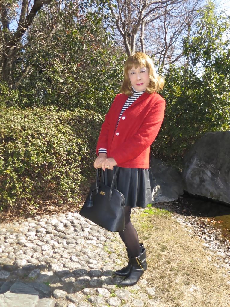 赤ブレザー黒スカートA(4)