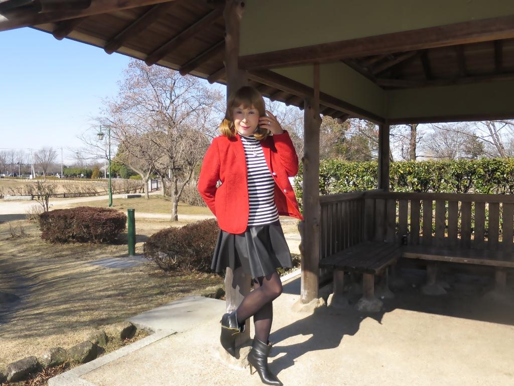 赤ブレザー黒スカートB(3)