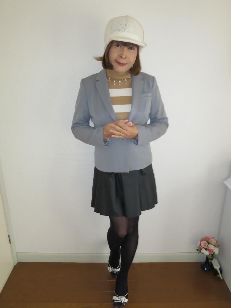 グレージャケット白ニット帽A(1)
