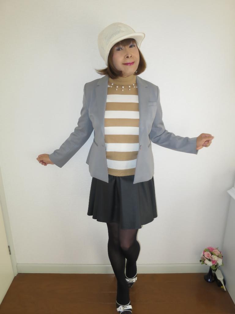 グレージャケット白ニット帽A(5)