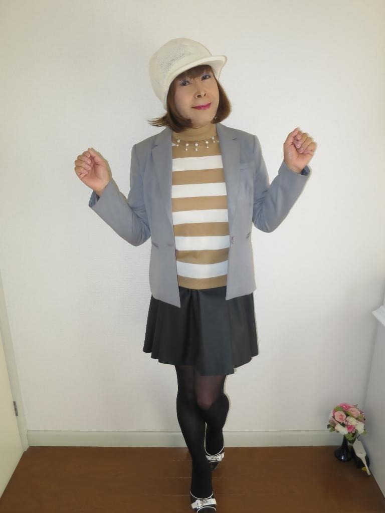 グレージャケット白ニット帽A(6)
