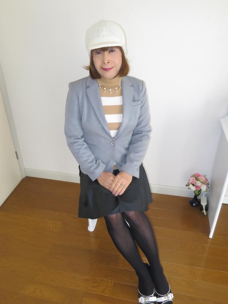 グレージャケット白ニット帽B(4)