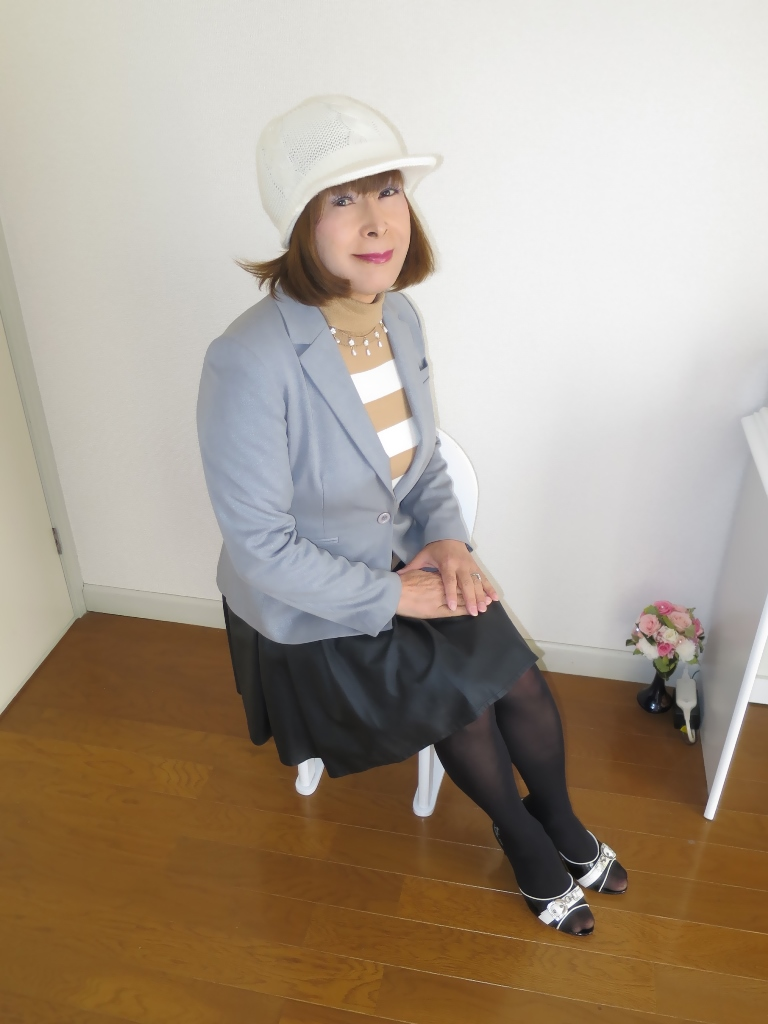 グレージャケット白ニット帽B(5)