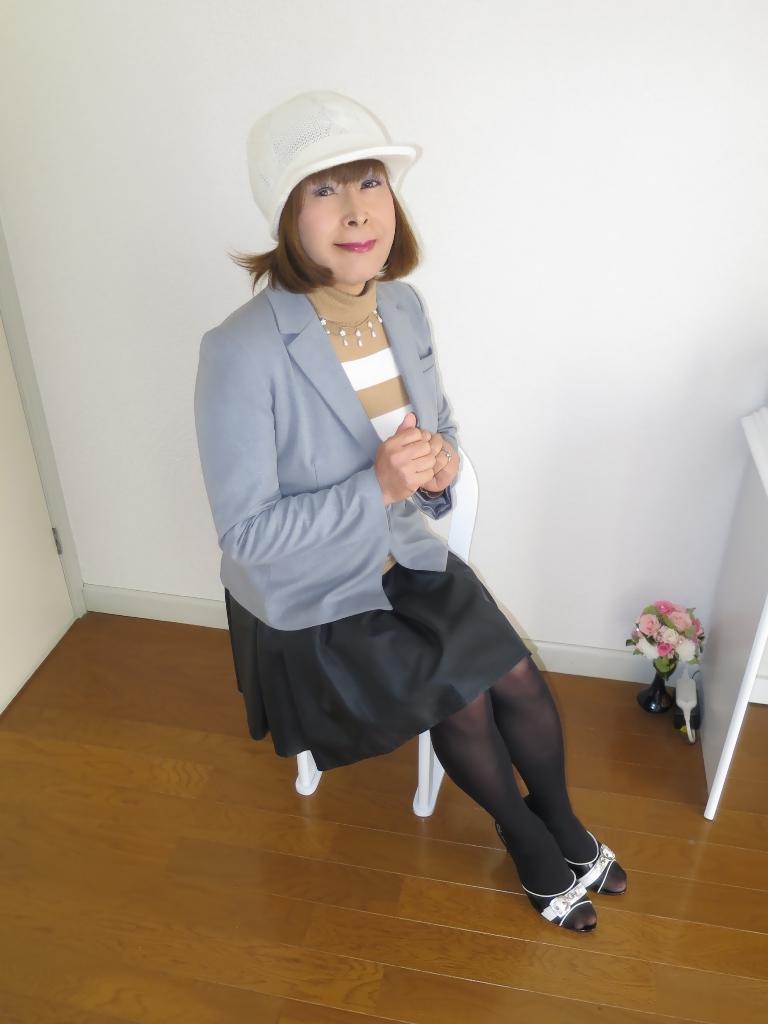 グレージャケット白ニット帽B(6)